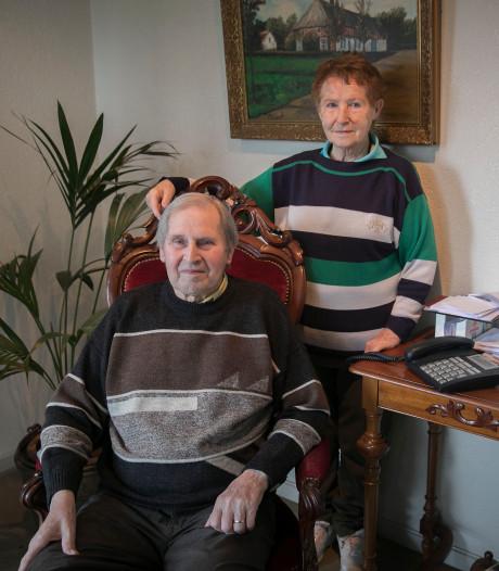 Jan (81) en Nolly (84) hebben al weken geen internet: 'Voor hem is dit van levensbelang'