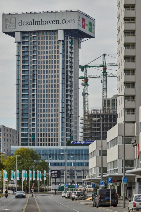 Bouw Zalmhaventoren verloopt op rolletjes: 'Hij kan zich niet meer verstoppen'