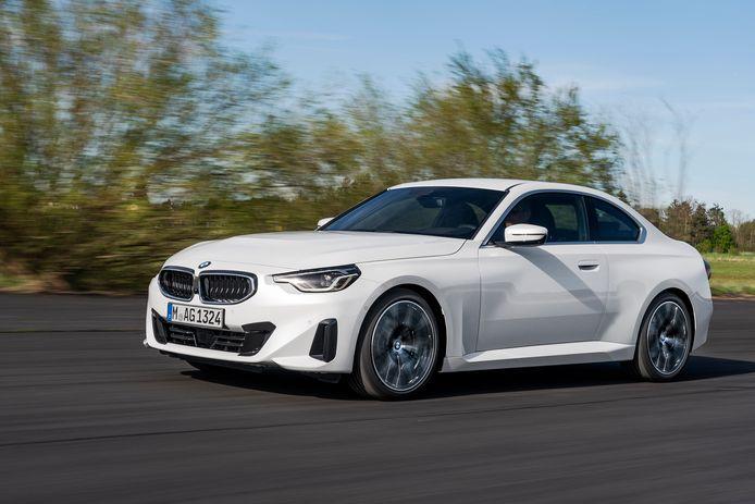 De nieuwe 2-Serie Coupé behoudt de traditionele, brede versie van de BMW-grille
