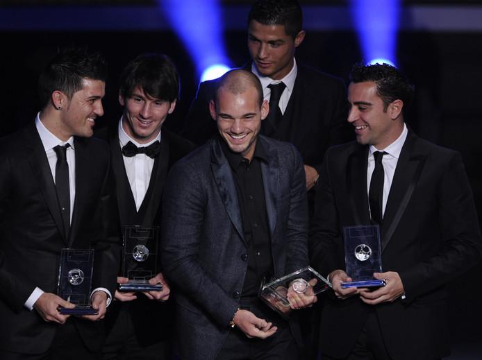Wesley Sneijder met David Villa, Lionel Messi, Cristiano Ronaldo en Xavi Hernández.