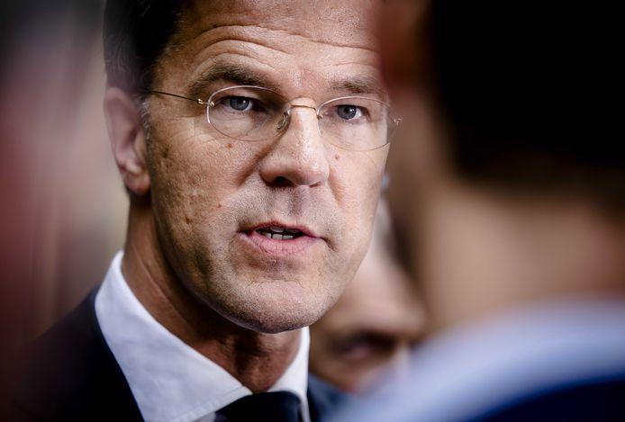 Premier Mark Rutte bemoeit zich niet persoonlijk met de toeslagproblemen bij de fiscus.