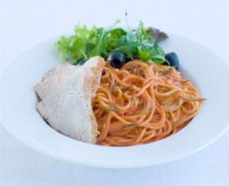 donderdag-spaghetti-met-tomaten-mascarponesaus-kalkoenfilet.jpg