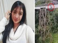 Bungeejump eindigt in nachtmerrie: vrouw (25) 'denkt dat het haar beurt is', maar springt zonder koord