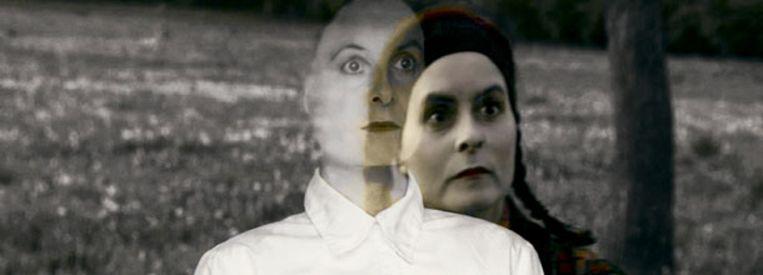 Filmstill uit Marie-france & Patricia Martin, 'Du noir dans le vert', 2004. Beeld