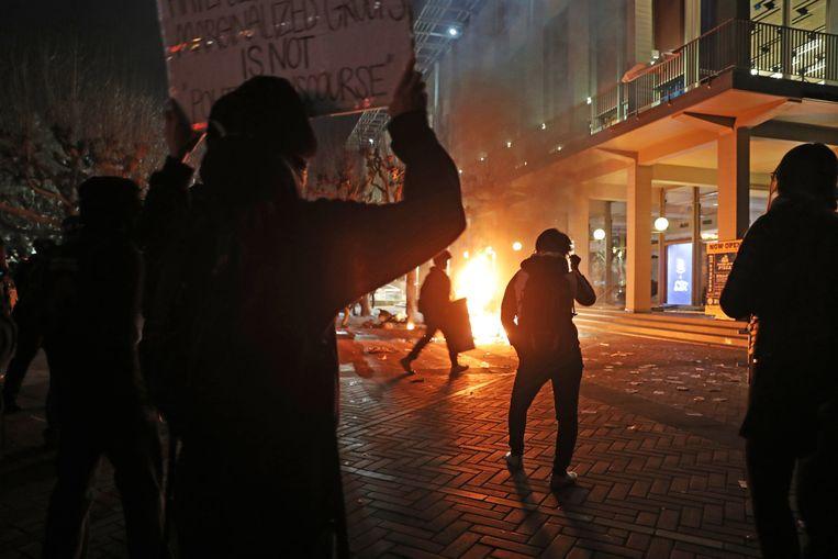 Demonstraties voorafgaande aan het bezoek van Yiannopoulos in februari.  Beeld Photo News