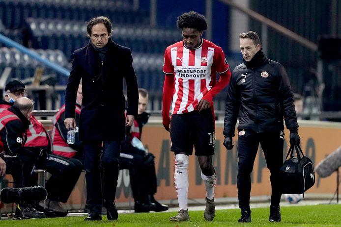 Pablo Rosario moest woensdag het strijdtoneel vroegtijdig verlaten bij PSV, maar dat lijkt richting de wedstrijd van zaterdag geen grote problemen op te leveren.