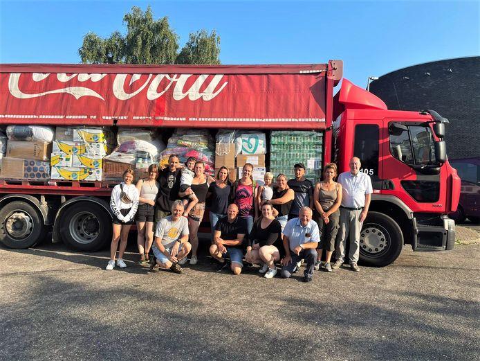Deze Limburgse vrijwilligers hebben zich ingezet om spullen te verzamelen voor de slachtoffers van het noodweer.