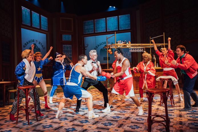 John Buijsman in de nieuwe musical 't Schaep met de 5 Pooten.