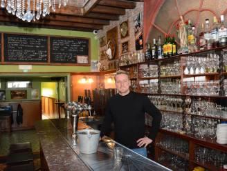 """Deurwaarder laat vonnis betekenen bij café 't Portaal: """"Binnen tien dagen deuren sluiten"""""""