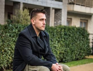 """Jamie (27) worstelt al 13 jaar met verslaving: """"Blijven gokken sinds ik als kind voor 2 euro op voetbal wedde"""""""