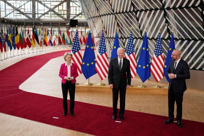 Ursula von der Leyen, présidente de la Commission européenne, Joe Biden et Charles Michel, président du Conseil européen
