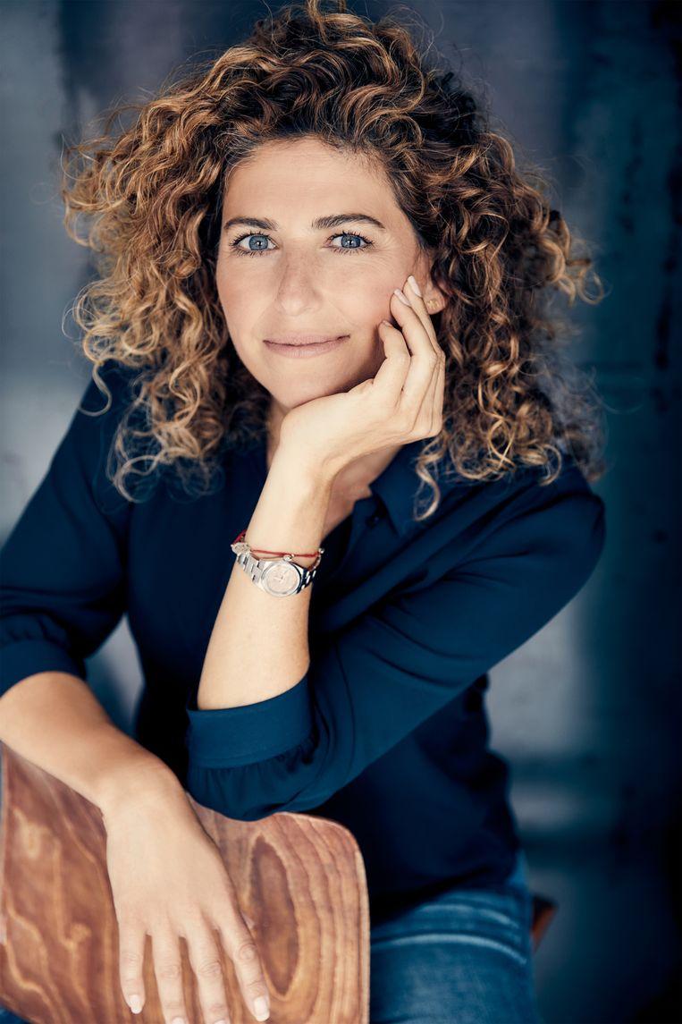 Femmetje de Wind Beeld Yvette Kulkens
