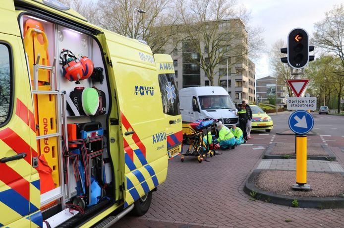 Een maaltijdbezorger raakte gewond bij een ongeval in Utrecht.