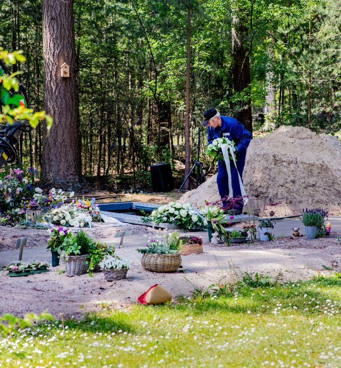 Heerde werd afgelopen voorjaar zwaar getroffen door corona. Tientallen inwoners stierven, vooral ouderen in verpleeghuizen.