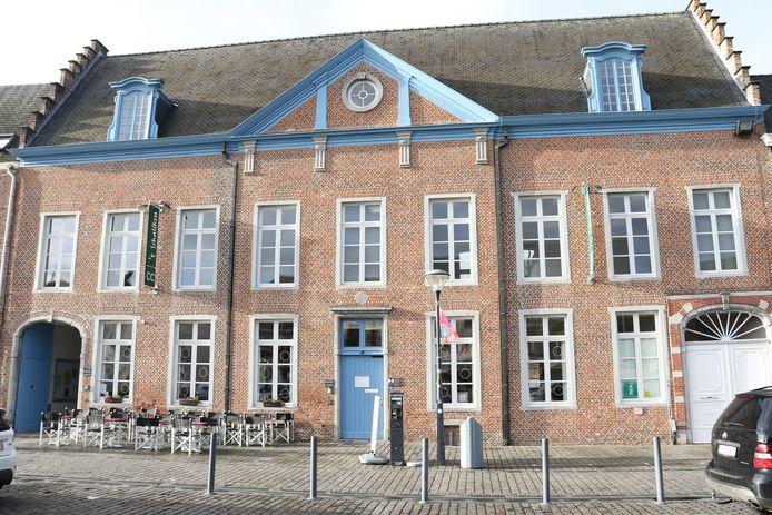 't Schaliken op de Grote Markt in Herentals