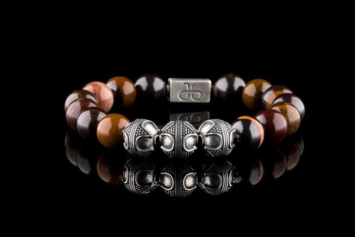 Eén van de armbanden van Aurum Brothers.