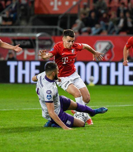 RKC Waalwijk pakt zwaarbevochten punt in hectisch duel met FC Utrecht