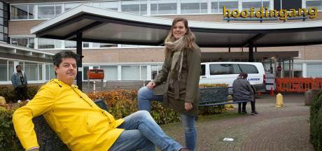 Verkoper Dennis en eventmanager Annemarie springen in coronatijd bij in ziekenhuis: 'Best heftig'