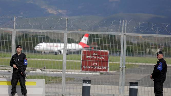 5 verdachten in de cel na overval in ware Hollywoodstijl op luchthaven Albanië