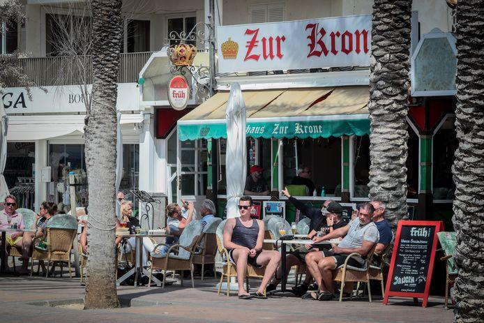 Duitse toeristen op het eiland Mallorca