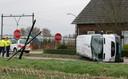 November 2009: taxibusje, zonder passagiers, botst op een personenwagen.