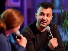 AD-columnist Özcan Akyol openhartig op vierde Nacht van de Literatuur