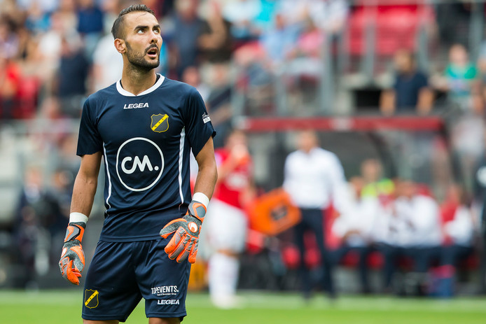ALKMAAR, AFAS Stadium, 12-08-2018 , season 2018 - 2019 , Dutch Eredivisie. final result 5-0, NAC goalkeeper Mark Birighitti watches the screen after a goal of AZ during the match AZ - NAC