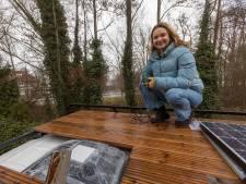 Lisa op wereldreis met eigen, duurzame camper: 'Mensen vroegen zich af of ik niet compleet gestoord was geworden'