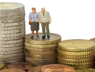 Met pensioensparen en groepsverzekering alleen komt u er niet. Zo spaart u genoeg tot uw pensioen