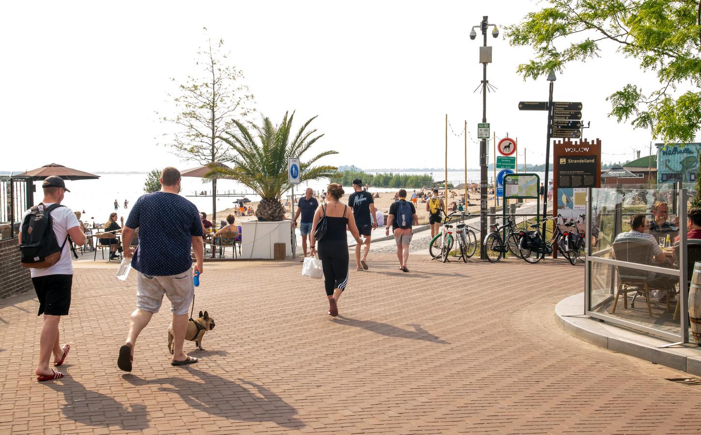 Dit is de drukte die Harderwijk wel graag wil op de boulevard en het Strandeiland.