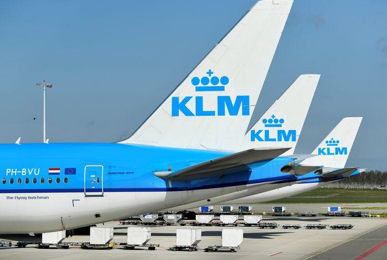 KLM-vliegtuigen op de luchthaven van Schiphol. Beeld REUTERS