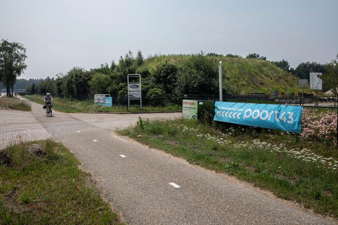 Poort 43 aan de Pastoor Thijssenstraat in Sterksel.