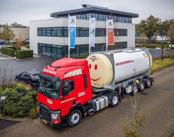 Het hoofdkantoor van Van den Bosch in Erp. Het bedrijf heeft tien vestigingen in de hele wereld.