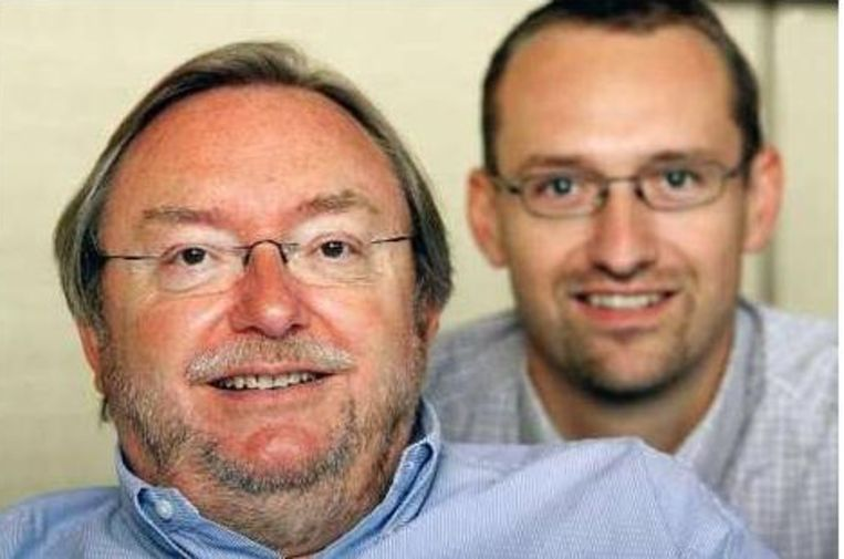 Jean-Claude Van Cauwenberghe en zoon Philippe. Beeld UNKNOWN