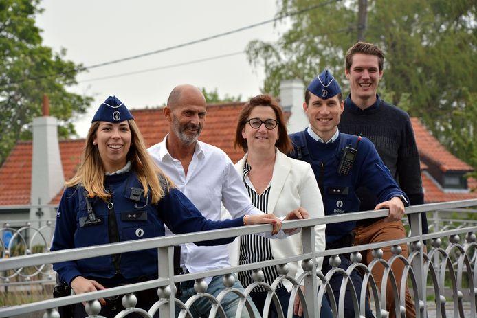 De vijf ambassadeurs van de campagne van de lokale politie Damme/Knokke-Heist.
