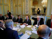 Ouverture de la réunion du Conseil de défense à l'Elysée