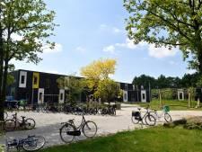 Grond Vosheuvelscholen schoon ondanks asbestvondst, maar Amersfoort2014 vertrouwt het niet