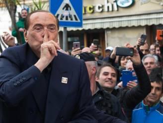 Berlusconi (82) voor de rechter voor mogelijke omkoping getuige in proces rond escortmeisje