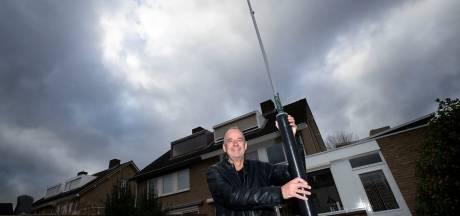 Jacco Hagoort uit Veldhoven zoekt nieuwe locatie om polderpopradio weer in de lucht te krijgen
