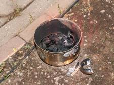 Vergeten pan in Nagele veroorzaakt keukenbrand: gezin vlucht 's nachts huis uit
