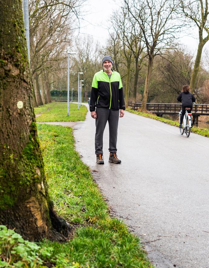 Johan Heijboer gaat niet naar de sportschool, maar sport liever buiten. ,,Hoe mooi is het om heerlijk door de stad te lopen?''
