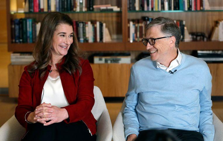 Melinda en haar man Bill Gates: ''Het ergert me dat de techwereld denkt dat de oplossing van de grote problemen die Bill en ik aankaarten, erin bestaat mensen een app te geven.' Beeld AP