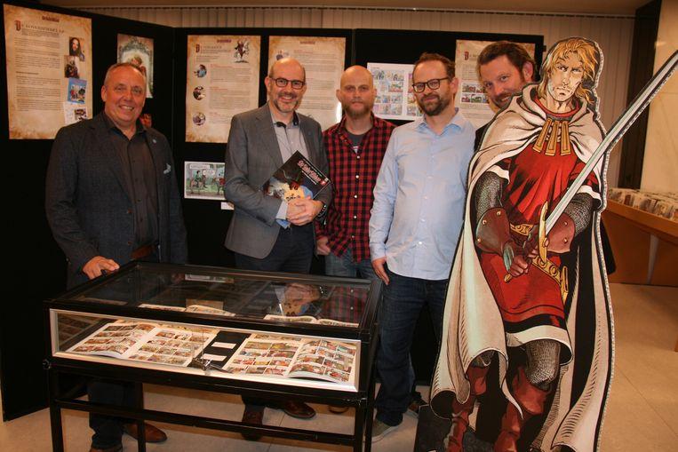 De initiatiefnemers, en samenstellers, van de tentoonstelling 60 jaar Rode Ridder.