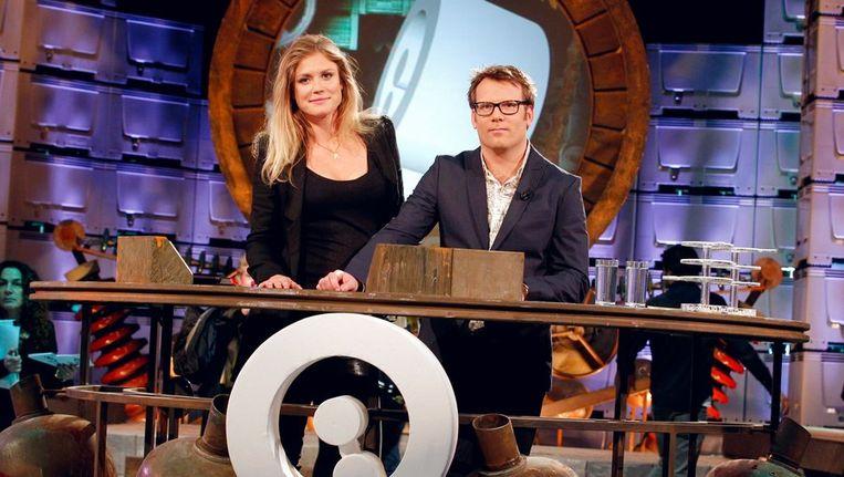 Presentatoren Sophie Hilbrand en Patrick Lodiers. Beeld anp