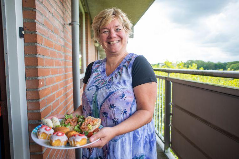 Inge Dekkers uit Breda is een cateringbedrijf begonnen om uit de bijstand te komen. Beeld Roos Pierson