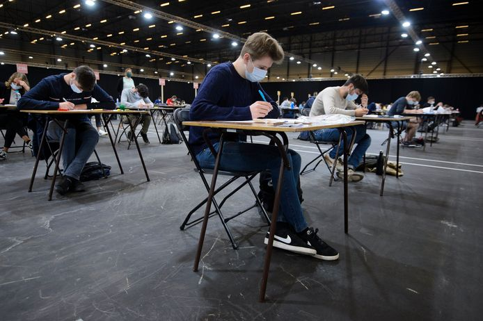 Vorige week legden studenten van hogeschool HoGent examens af in Flanders Expo.