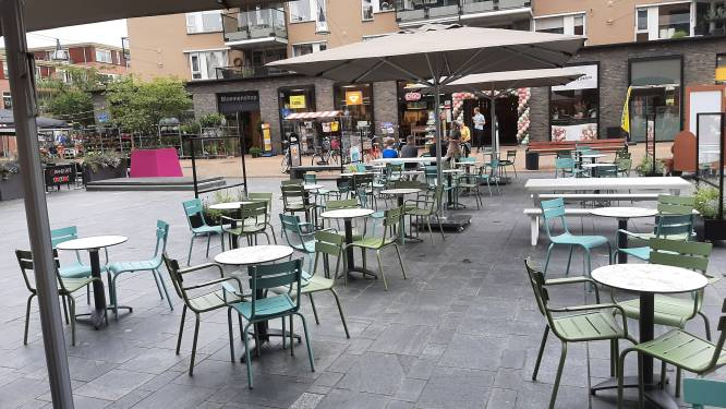 Derde terras op Henri Dunantplein: IJssalon annex chocolaterie opent deuren in hartje Nijverdal