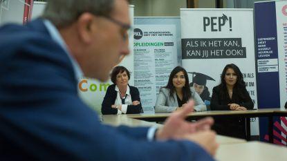 Succesvolle migrantenjongeren als voorbeeld om verder te studeren