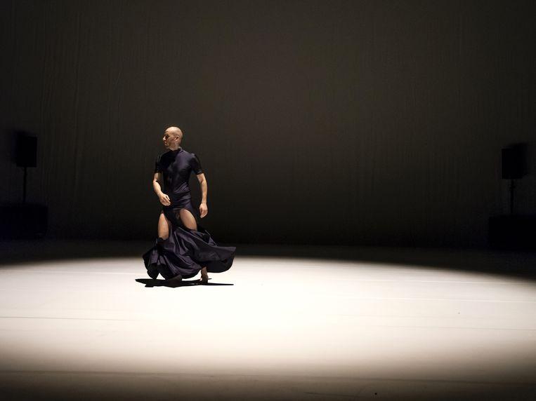 Elisabeth gets her way door Jan Martens/GRIP Beeld Luis Xertu