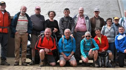 16 West-Vlamingen trekken naar Compostela